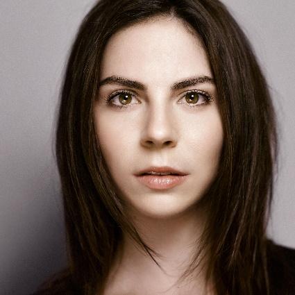 Headshot of Hanna-Elisabeth Müller