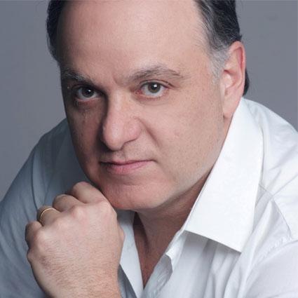 Headshot of Roberto Frontali
