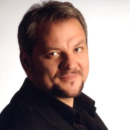 Headshot of Željko Lučić
