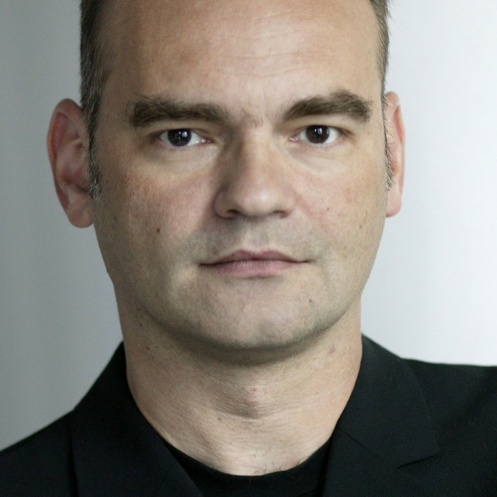 Headshot for Lothar Koenigs