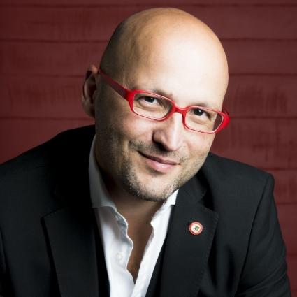 Headshot of Enrique Mazzola