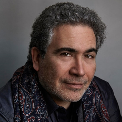 Headshot of Carlo Rizzi