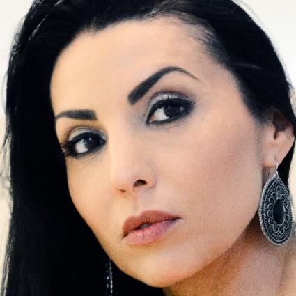 Headshot of Ramona Zaharia