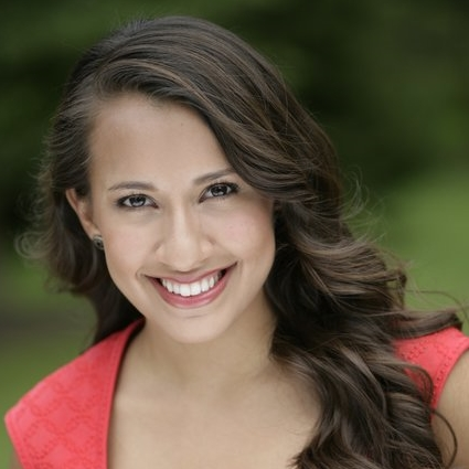 Headshot of Vanessa Becerra