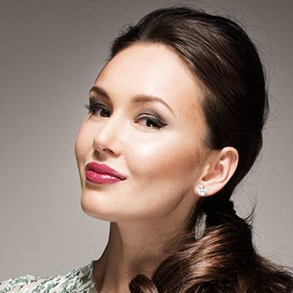 Headshot of Aida Garifullina