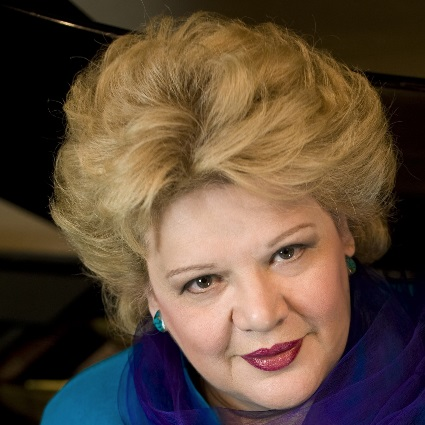 Headshot of Dolora Zajick
