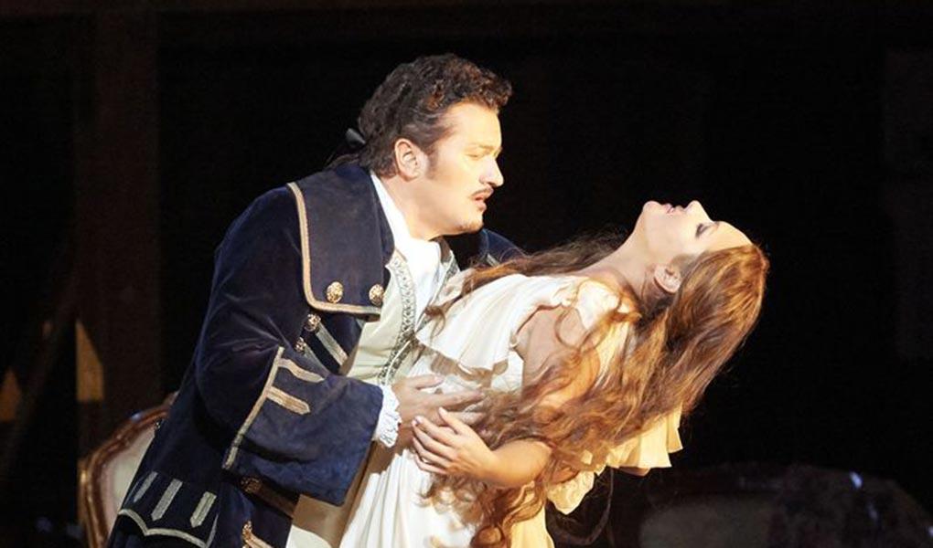 Bildergebnis für metropolitan opera adriana lecouvreur