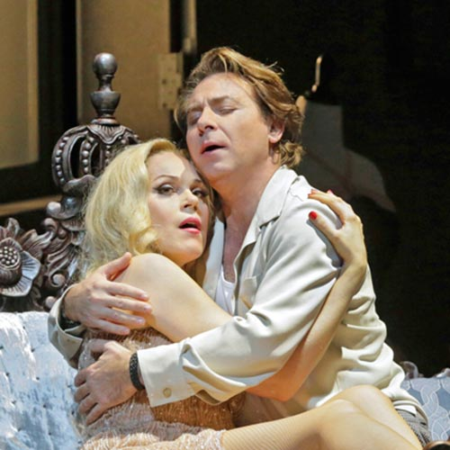 Kristine Opolais and Roberto Alagna in Manon Lescaut