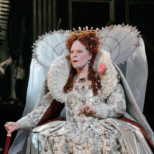 Sondra Radvanovsky in Roberto Devereux