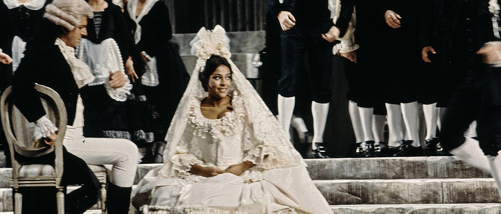 Battle, Kathleen as Susanna in Le Nozze di Figaro 1600x685.jpg